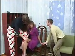 2 Sons Fuck their Mom\'s Pussy and Ass