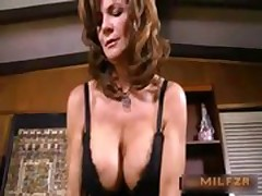 Old big boobs mom fucked son