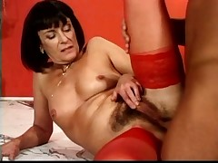 anal wide a full-grown milf choking asshole troia culo peloso