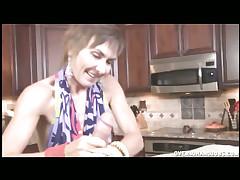 Lilian Tesh Handjobs Bulky Shaft