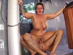 accurate mommy anent saggy bosom hard-fucks hammer away come together