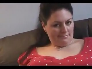 Mature lady shows herself