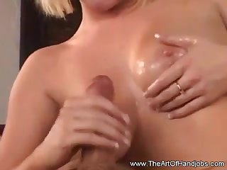 Naomi Knows How To Jerk You Off