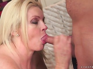 Perfect mature Franny on younger dick