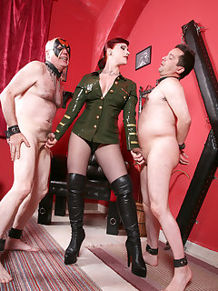<!–-IMAGE_COUNT-–> of MISTRESS ALEXA IN THE OWK
