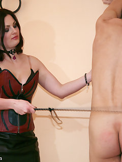 <!–-IMAGE_COUNT-–> of LICKING SLAVES FOR MISTRESS HELLENA